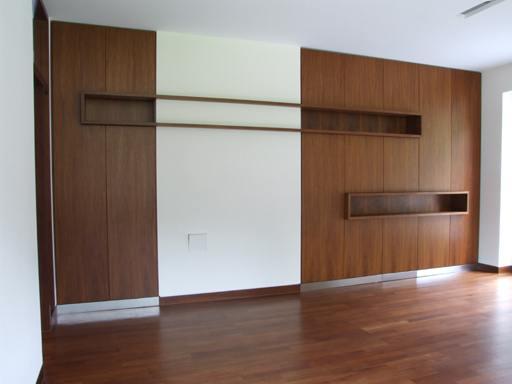 ausf hrungen wadis moebel nach mass hotelmoebel furnier. Black Bedroom Furniture Sets. Home Design Ideas